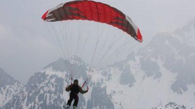 Parachute Market