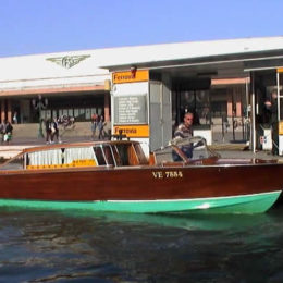 Water Taxi Market
