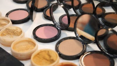 Cosmetic Dyes Market