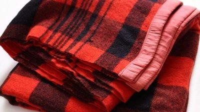 Woolen Blanket Market